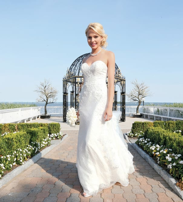 Manhattan Bride at Wedding Venue Organized by Surf Club On The Sound
